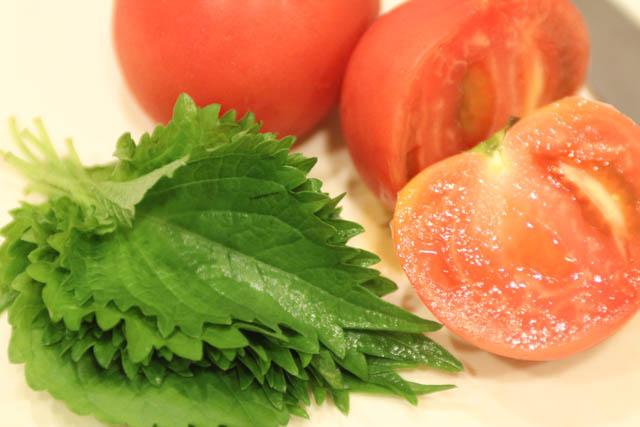 大葉(青じそ)とトマトの冷製パスタ 材料