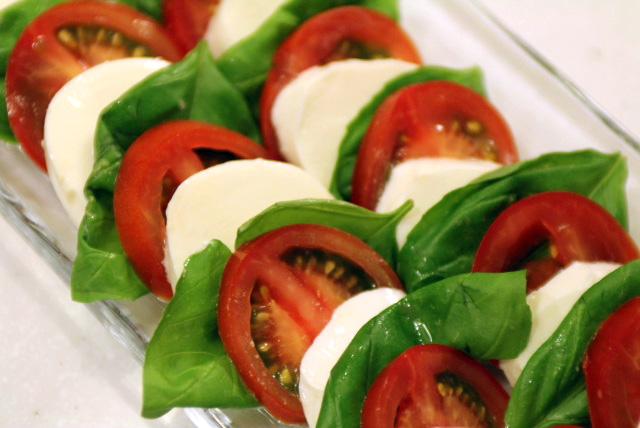 カプレーゼ(イタリアン・サラダ・レシピ)