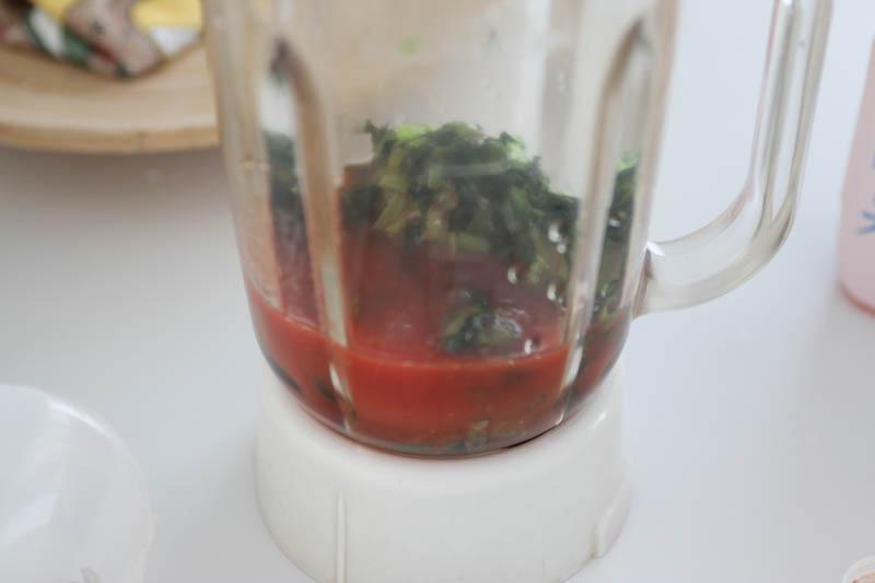 大葉のスムージー(野菜フルーツジュース)ミキサー2