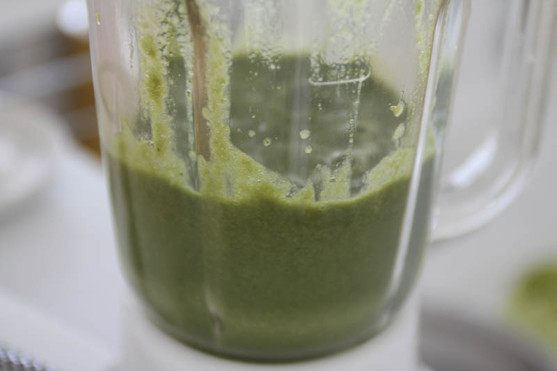 大葉のスムージー(野菜フルーツジュース)ミキサー7