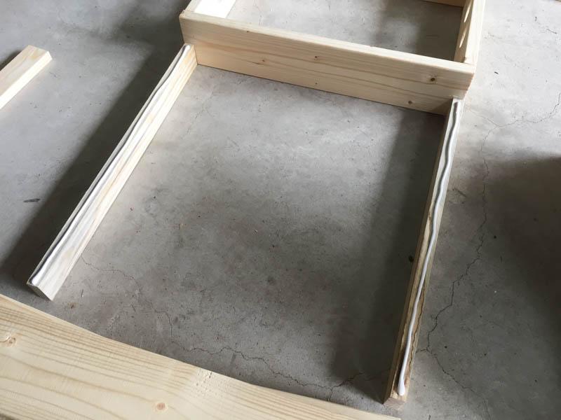 コンポストボックス(堆肥コンポスター)の添え木