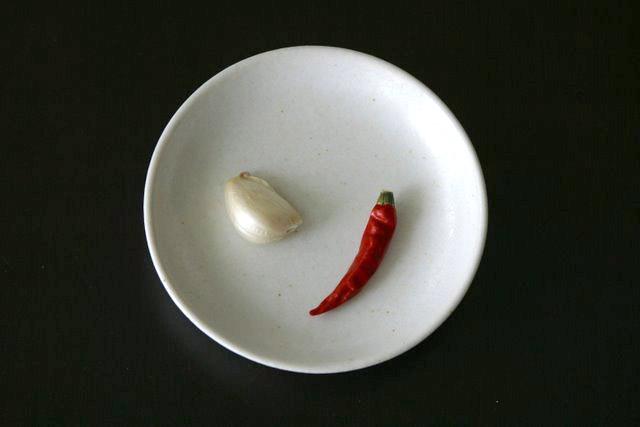 レシピ(料理) アーリオ・オーリオペ・ペロンチーノ材料