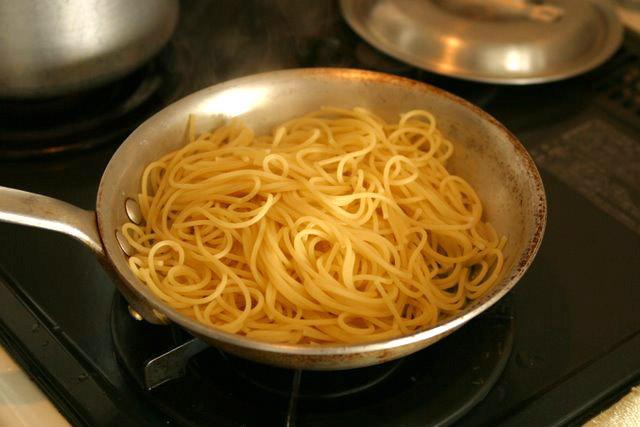 レシピ(料理) ジェノベーゼ・パスタ直前バジルソース(ジェノバソース)