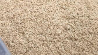 米糠/米ぬかは、肥料として使えるのか? →【結論】分解させて米ぬかボカシにする必要がある